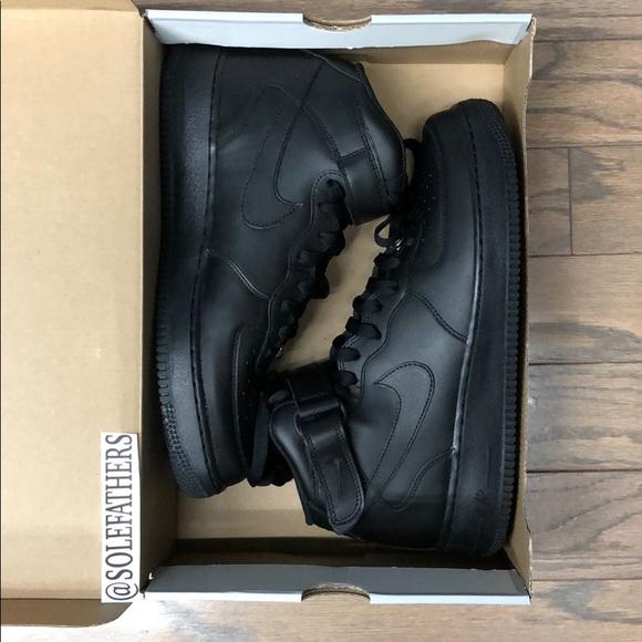 conferencia legumbres Fortalecer  Nike Shoes | Women Air Force 1 Mid 07 Le | Poshmark